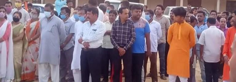 RSS-এর বরিষ্ট প্রচারক স্বর্গীয় গৌরীশঙ্কর চক্রবর্তী মহোদয়ের শ্রদ্ধার্ঘ্য নিবেদন করা হয় বদরপুর মাধবধামে